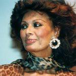 Sophia Loren recuerda su vida en una gira
