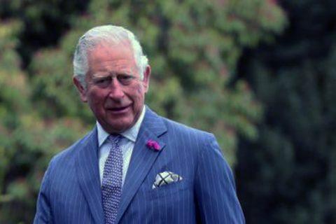 El príncipe Carlos de Inglaterra, positivo por coronavirus