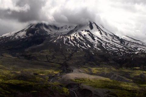 Investigación pasada, presente y futura en Mount St. Helens