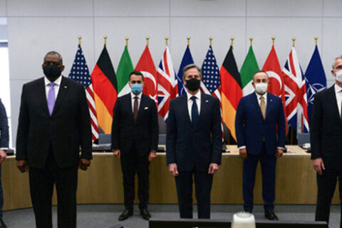 Estados Unidos y la OTAN se asocian para enfrentar los desafíos globales