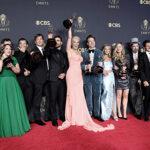 «The Crown» y «Gambito de Dama» fueron elegidas como lo mejor de la televisión en los Emmy